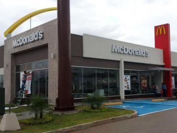McDonald's cierra varios restaurantes en Venezuela