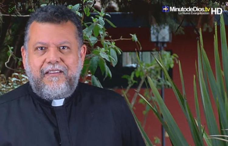 """Padre deja el sacerdocio: """"Estoy mamado. Quiero vivir de otra manera"""""""