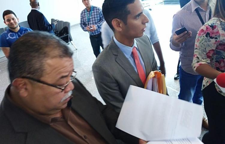 Denuncian penalmente al presidente Varela por traslados a Punta Coco