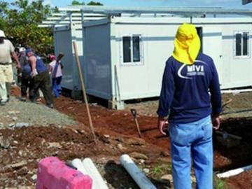 Miviot busca solución con invasores del proyecto Loma de Mastranto en Chorrera
