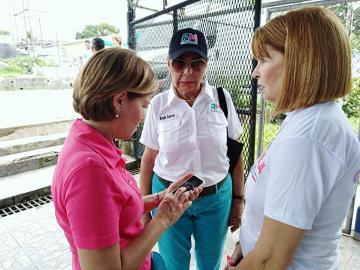 La Tía Mayín y Marta siguen defendiendo postulación de Martinelli