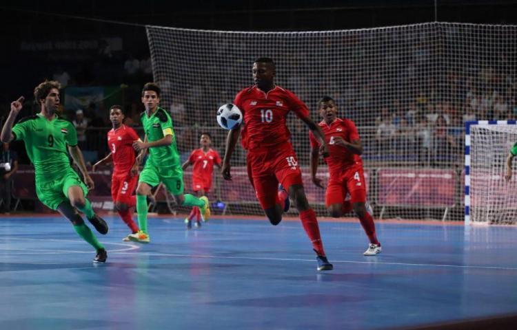 Panamá debuta con empate