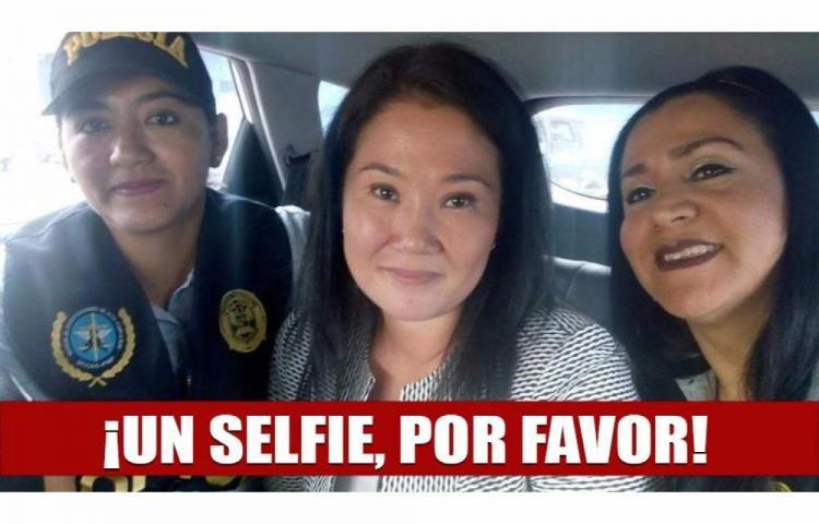 En líos por tomarse 'selfie' con Keiko