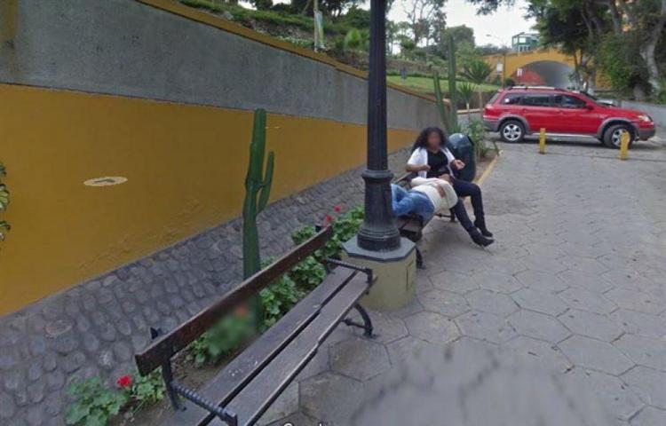 Buscaba lugar turístico y la encontró con otro