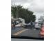 Choque entre dos carros afecta el tráfico en la Vía Israel