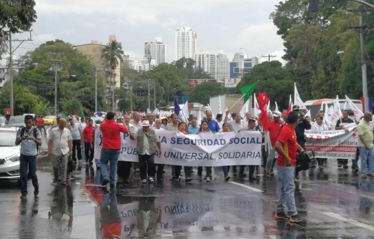 Conato en contra de la división de la Caja de Seguro Social