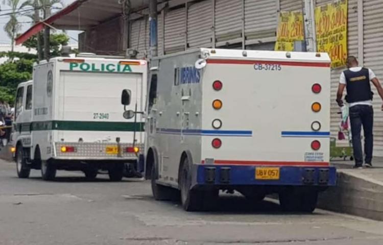 Intento de robo a vehículo de valores en Colombia deja cuatro muertos