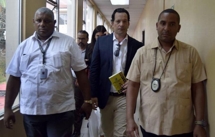Decretan nulidad en proceso seguido a ex ministro Ferrufino