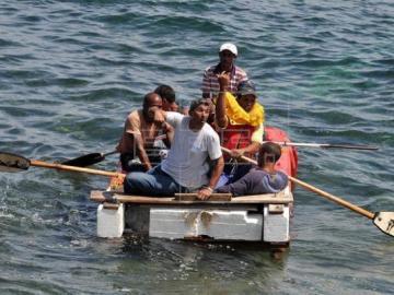 Rescatan a seis cubanos cerca de Bahamas con rumbo hacia el estado de Florida
