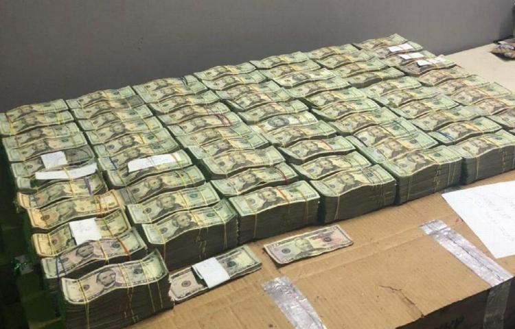 Guatemaltecos fueron detenidos con más de un millón de dólares