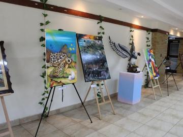 Centro Penitenciario de Penonomé gana II Concurso Pintura y Tallado de Madera