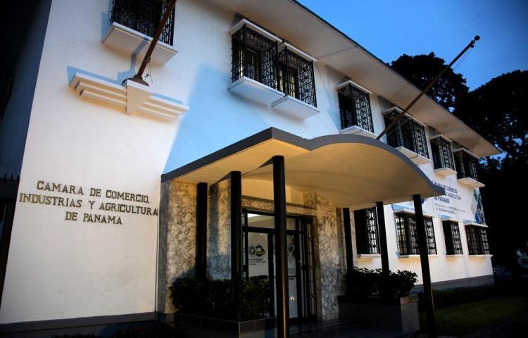 Empresarios piden al Supremo de Panamá garantizar seguridad jurídica a minera