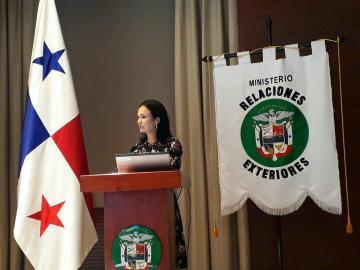 Panamá instala comisión para una política nacional de océanos
