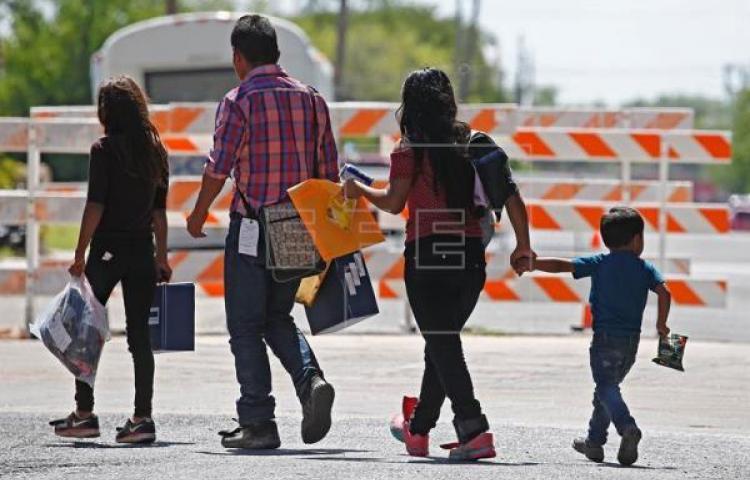 Menores indocumentados reciben aliento de esperanza en EE.UU. por Reyes Magos