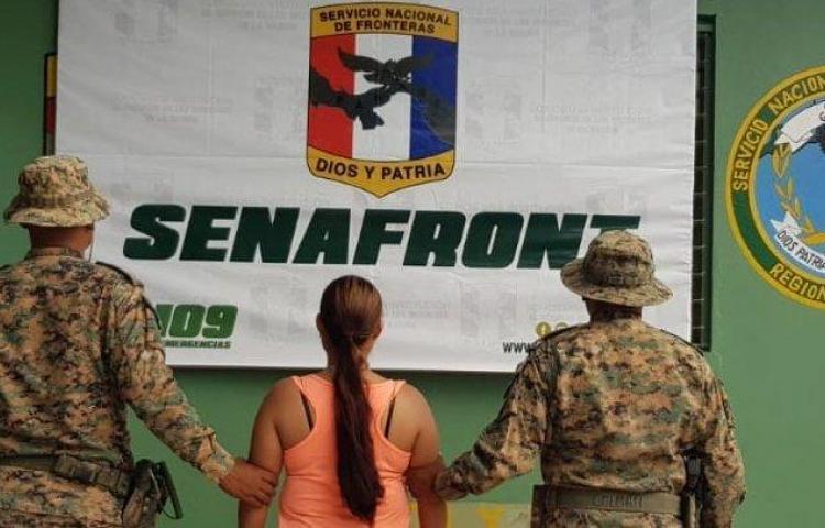 Senafront aprehende a colombiana que mantenía impedimento de entrada al país