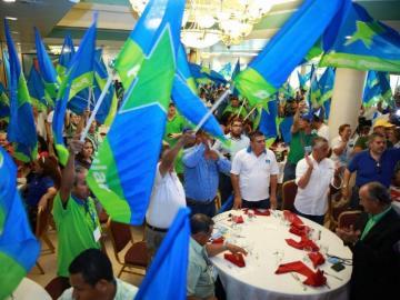 Panameñistas y populares eligen a sus favoritos para diputados