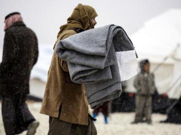 15 niños desplazados mueren de frío en Siria