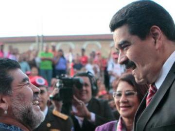 """Maradona dice que respalda """"más que nunca"""" a Nicolás Maduro como presidente"""