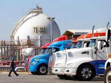 ¡Juega vivos! México decomisa camiones cisterna usados para robar combustible