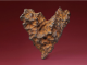 Subastan para San Valentín un meteorito en forma de corazón