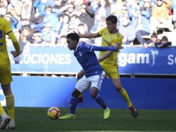 El Real Oviedo de Bárcenas consigue una victoria importante
