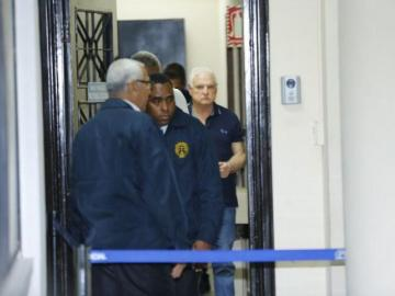 Juez verá pedido de Martinelli de afrontar excarcelado proceso por escuchas
