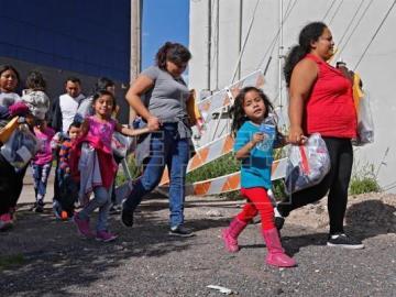 EEUU tiene pendiente de reunir con sus padres a cien menores inmigrantes