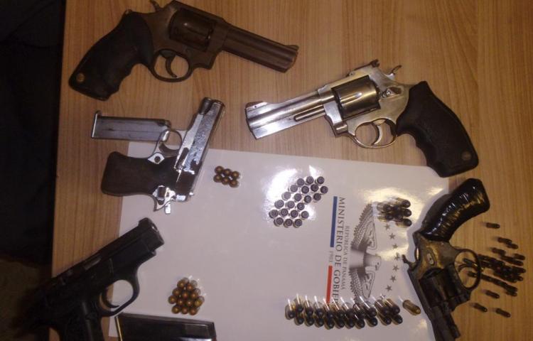 Decomisan armas durante ronda en pabellón de máxima seguridad La Nueva Joya