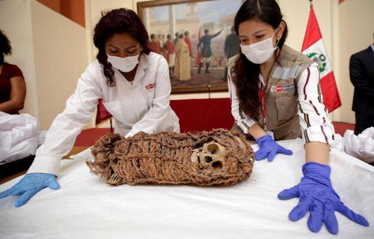 Perú recupera momia de un niño