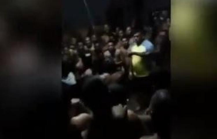 Se divierten con 'jornada de boxeo' en La Joyita