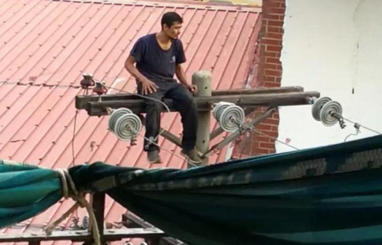 El 'spiderman' de Santa Ana fue capturado por la Policía