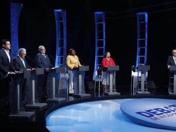 Vicepresidentes debaten sobre educación, salud y constituyente