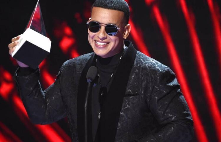 Daddy Yankee cantará en español en programa de James Corden