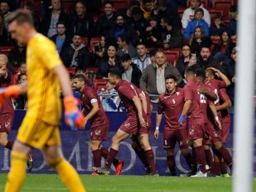 Messi y Gonzalo Martínez, bajas para el próximo partido por problemas físicos