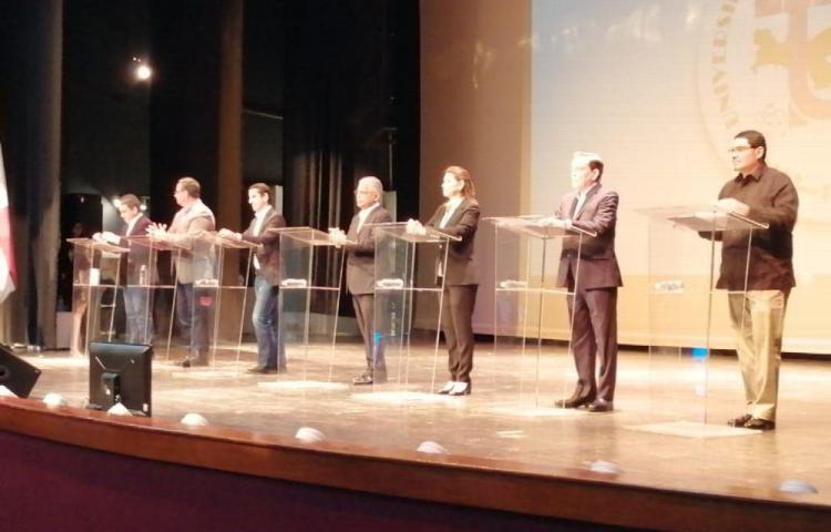 'Voluntad política', para cumplir pactos