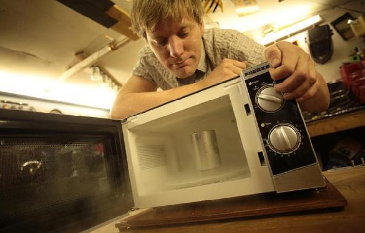 El Microwave Challenge el nuevo reto que acapara las redes sociales