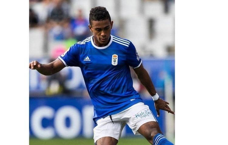 El panameño Bárcenas marcó en el empate del Oviedo ante el Dépor