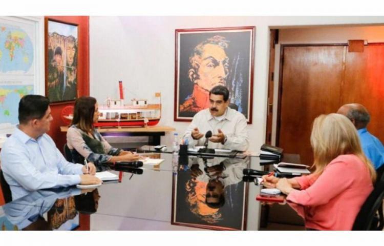 ¿Nicolás Maduro se esconde en oficina secreta?
