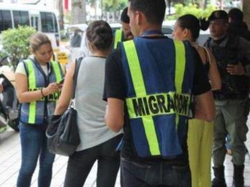 Autoridades aplicaron medidas migratorias a 971 extranjeros