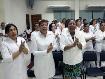 Irregularidades e irrespeto denuncian las enfermeras