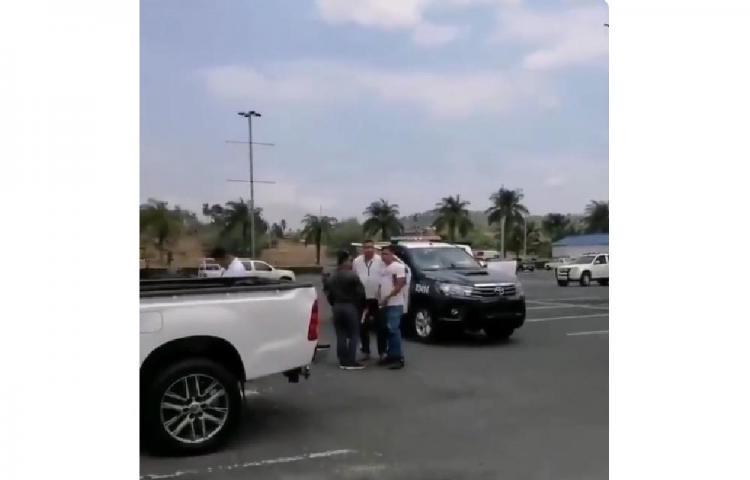 Roban planilla en estacionamiento de Albrook