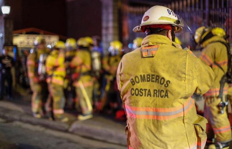 La candela se llevó a siete en Costa Rica, dos eran menores