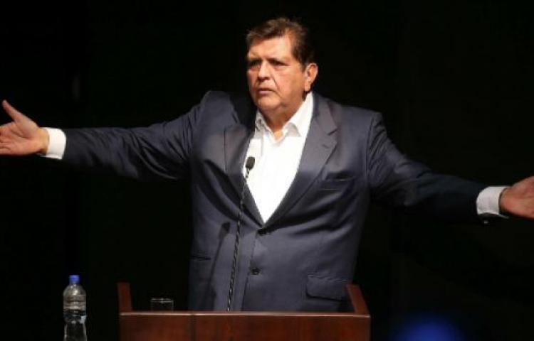 Expresidente Alan García se dispara al ser detenido por orden de la Justicia