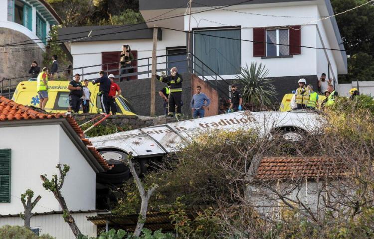 Tragedia en Portugal, mueren 29 turistas
