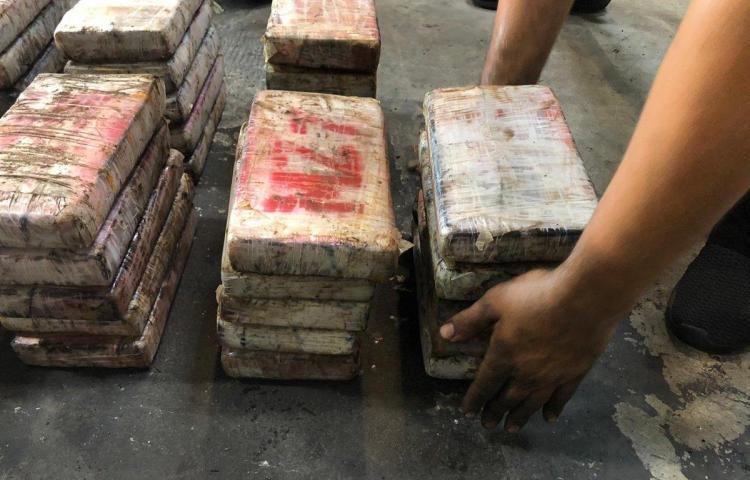 Decomisan 2,547 paquetes de droga en Altos de Curundú