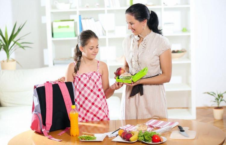 Cuida a tus hijos con loncheras saludables