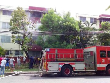 Bomberos logran sofocar incendio en Campo Limbergh