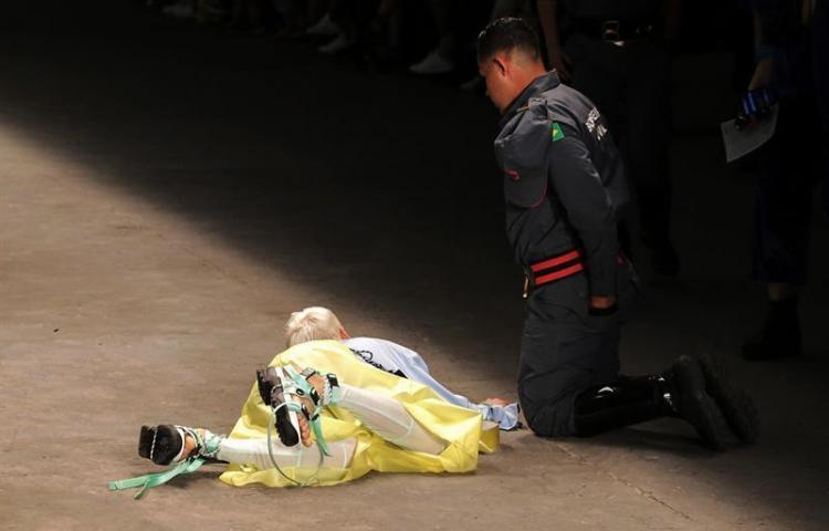 Modelo muere en la pasarela de la Semana de la Moda de Sao Paulo