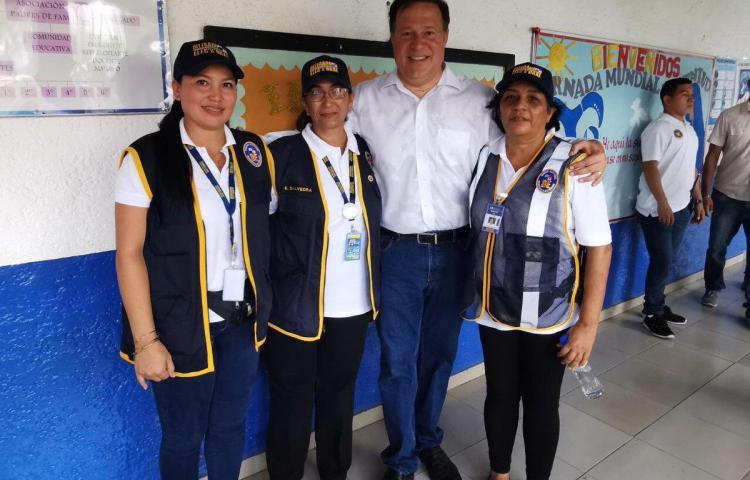 Varela pide apoyo total para el que gane los comicios