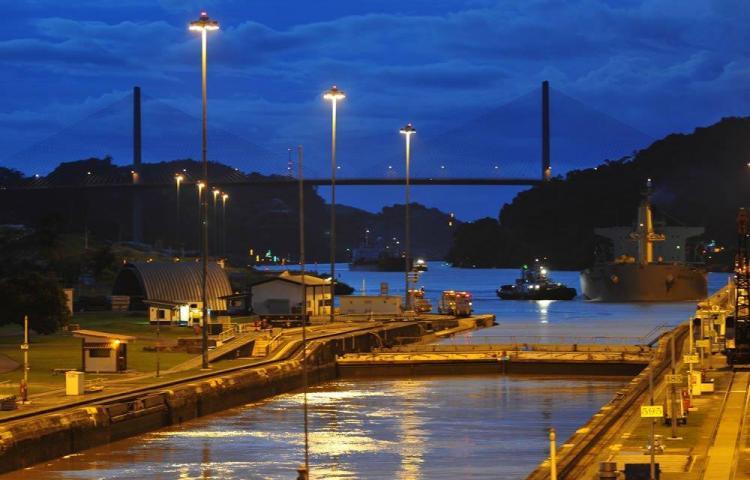 Sequía obliga al Canal de Panamá a imponer nuevas restricciones a los buques